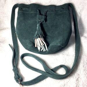 🌻3/$20 NWOT Forever 21 Genuine Suede Mini Bag